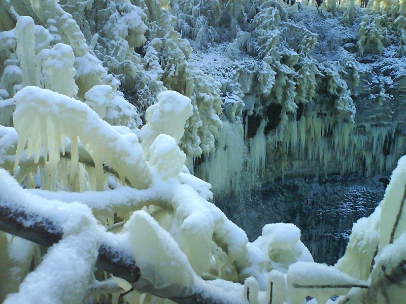 А где-то... уже во всю зима! - 20061106132618476_6