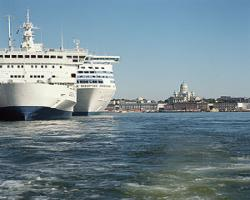 Эпидемия на крупнейшем круизном лайнере - инфицировано 400 человек - 20061204194116849_1