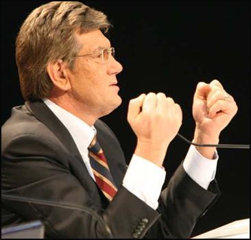 """Ющенко признал """"холодную войну"""" с Кабмином - 20061214212808689_1"""