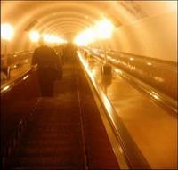 Киевское метро опасно! За дело берутся эксперты - 20061214213004291_1