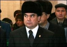 Определился фаворит президентской гонки в Туркменистане - 20061226204431447_1
