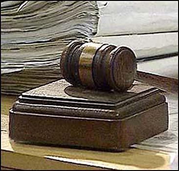 Бесплатные адвокаты заработают с 1 января - 20061228201353594_1