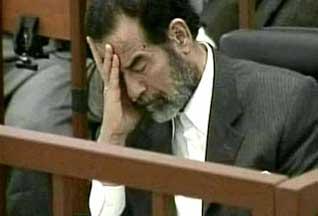 В Багдаде казнен Саддам Хусейн - 20061230222610397_1