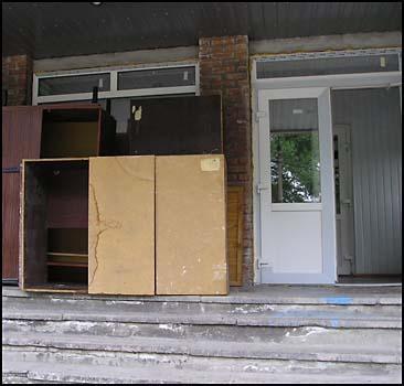 Сотрудников налоговой выгнали из квартир - 20070304211702671_1