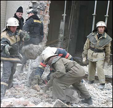 Три украинца оказались под завалами - 20070304212539550_1