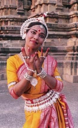 Концерт индийского классического танца. 1 апреля. - 20070327141455927_1