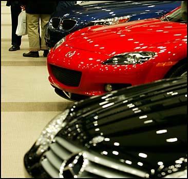 Украинцы массово скупают автомобили! - 2007041120484491_1