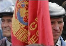 Киев продолжает митинговать: на Майдане вспомнили СССР - 20070413163730441_1
