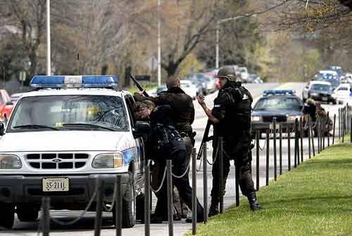 В американском университете открыли стрельбу - 20070417120816368_1