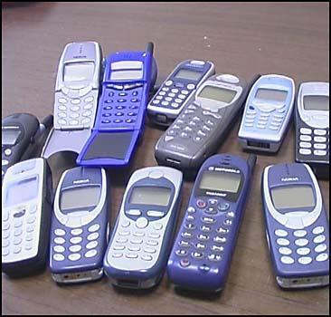 """Мобильный рынок """"захватили"""" контрабандисты - 20070529221022376_1"""