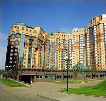 Евро-2012: Футбольным болельщикам построят жилой район - 20070613161242881_1