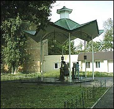 В Киеве исчезнут бюветы - 20070622154043452_1