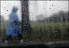 На Украину обрушатся ливни, град и шквальный ветер - 20070626192110184_1