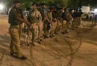 Пакистанские войска начали штурм Красной Мечети - 20070710102625296_1