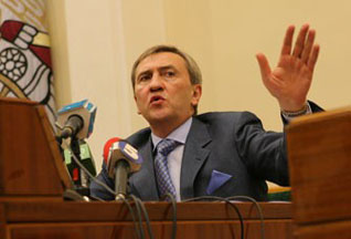 В Киеве избили журналиста, написавшего о Черновецком - 20070814155839927_1