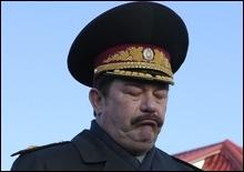 Кузьмук не верит в переход армии на контрактную основу в 2010 году - 20070910143313363_1