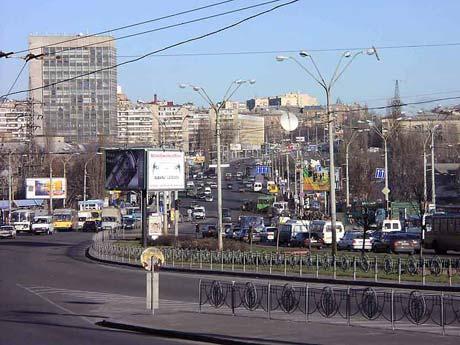 Крик души! Московская площадь доводит киевлян до отчаяния - 20070912184151674_1