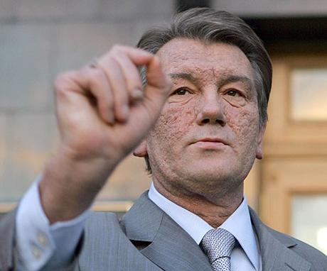 Ющенко подарил студентам бесплатный проезд - 20070918200226142_1