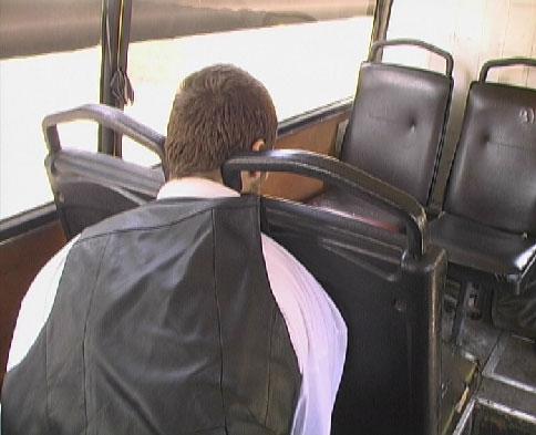 Ужас дня. В Киеве водитель маршрутки умер от передозировки на рабочем месте (7 фото) - 20070926150700228_3