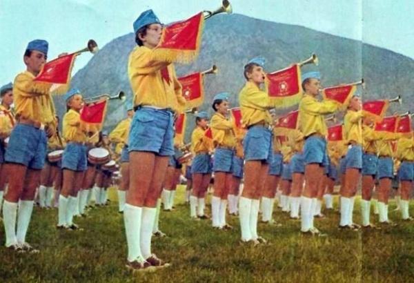 Не так уж и давно..: Пионеры СССР (20 фото) - 20070927232809523_1