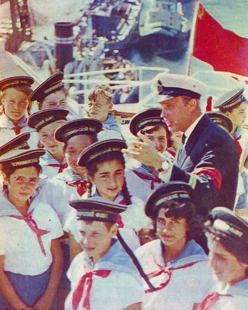 Не так уж и давно..: Пионеры СССР (20 фото) - 20070927232809523_9