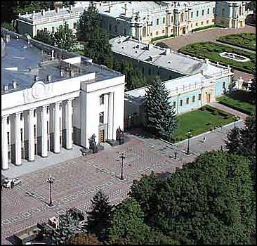 В Киеве появится Аллея выдающихся деятелей - 20071003223046413_1