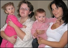 Две чешские пары обменялись детьми - 20071015093904401_1