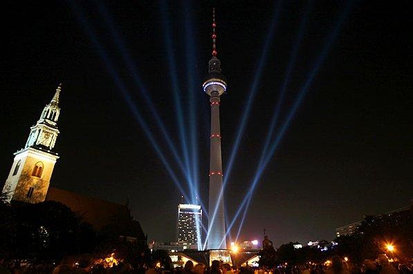 Фестиваль Света в Берлине - 20071022153116983_8