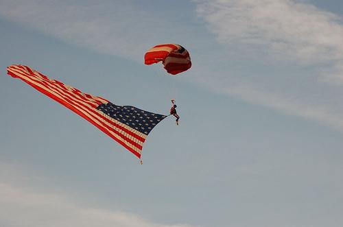 Американский парашютист несанкционированно пересёк мексиканскую границу - 20071022153423935_3