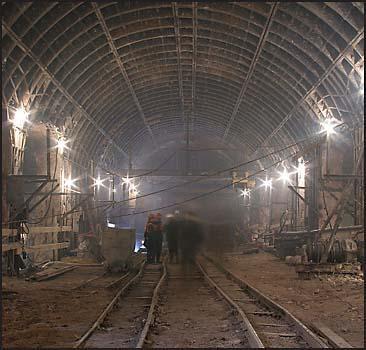 """Станции метро """"Демеевская"""" и """"Голосеевская"""" соеденили туннелем - 20071120224813625_1"""