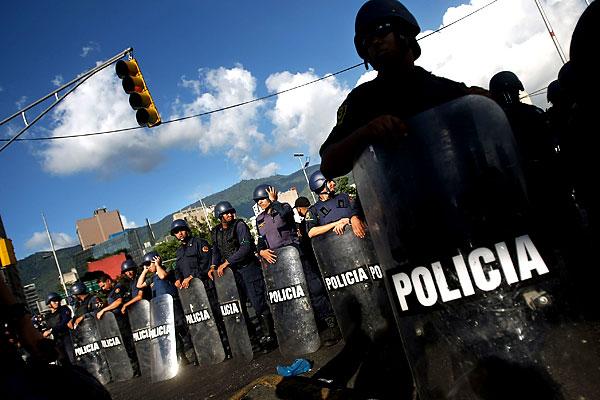 Марш несогласных в Венесуэле - 20071202194854103_11