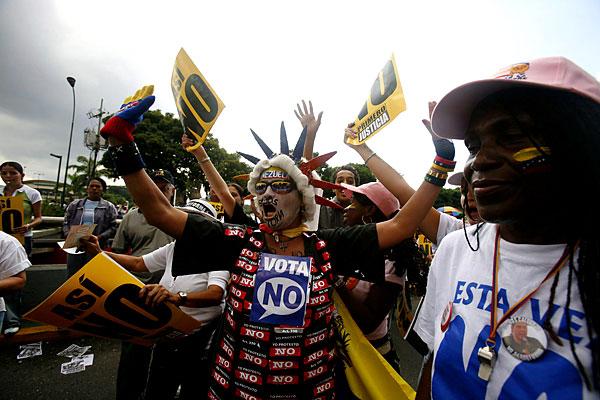 Марш несогласных в Венесуэле - 20071202194854103_4