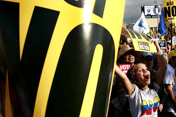 Марш несогласных в Венесуэле - 20071202194854103_9
