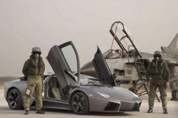 Lamborghini Reventon против боевого истребителя Tornado - 20071204194734562_2