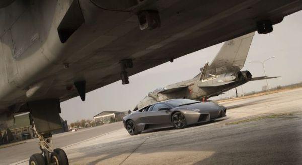 Lamborghini Reventon против боевого истребителя Tornado - 20071204194734562_5