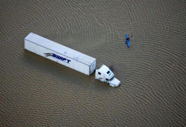 Сильнейшее наводнение на северо-западе США - 20071206201024183_10
