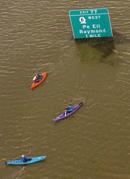 Сильнейшее наводнение на северо-западе США - 20071206201024183_12