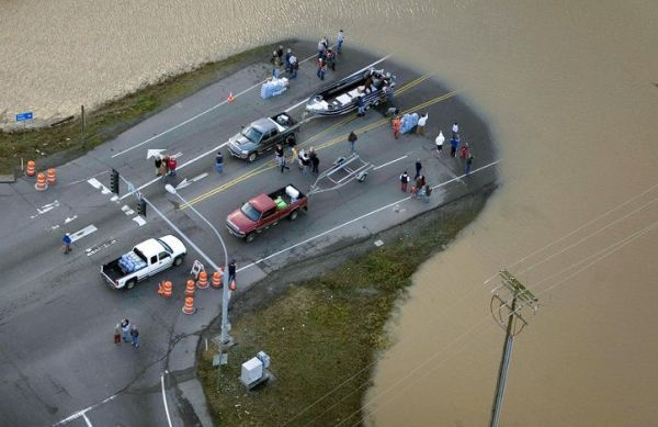 Сильнейшее наводнение на северо-западе США - 20071206201024183_2