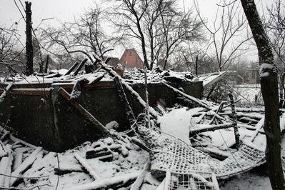 Вчера вечером группа неизвестных сожгла дачу Олега Шкота - 20071214221417480_2