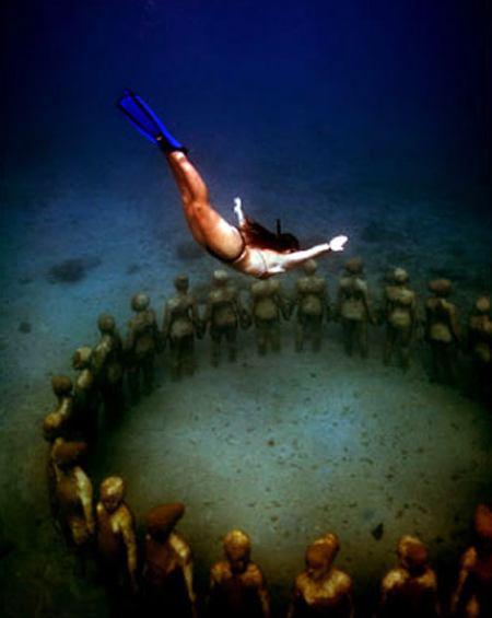 «Молиньере» – единственный в мире парк подводных скульптур - 20071216152217411_1