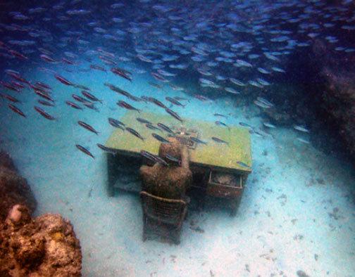 «Молиньере» – единственный в мире парк подводных скульптур - 20071216152217411_10