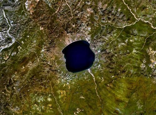 Озеро «нетающего льда» поведает о будущем планеты - 20071217160606799_3