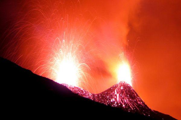 Какими бывают вулканы... - 20071225190432377_12