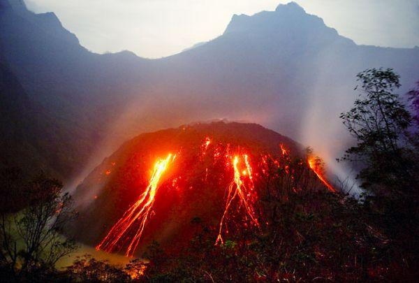 Какими бывают вулканы... - 20071225190432377_6