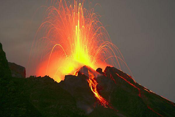 Какими бывают вулканы... - 20071225190432377_9