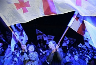 ЦИК Грузии: Выборы состоялись, лидирует Саакашвили - 20080106192748304_1