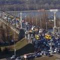 В Киеве «разгрузят» мост Патона - 20080116112249702_1