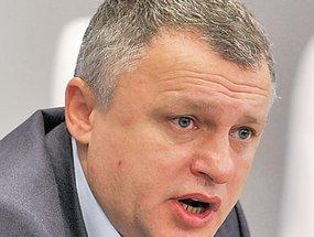 Суркис продлит контракт с Ребровым - 20080204103418329_1