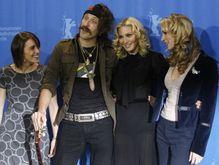 Мадонна презентовала фильм об украинском эмигранте  - 20080214162913274_1