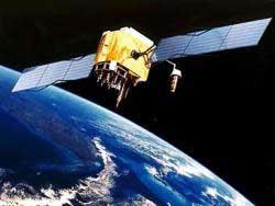 Около трех тысяч обломков спутника-шпиона летит к Земле - 20080225230612796_1